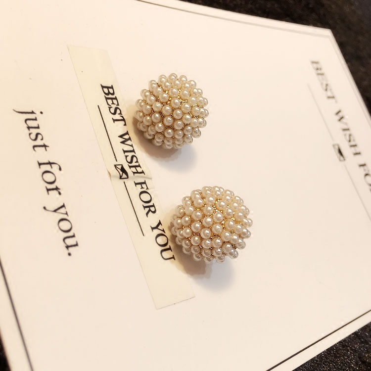 Ln Korean temperament personality new fashion ball mushroom millet beads Pearl Earrings thin and sweet lady