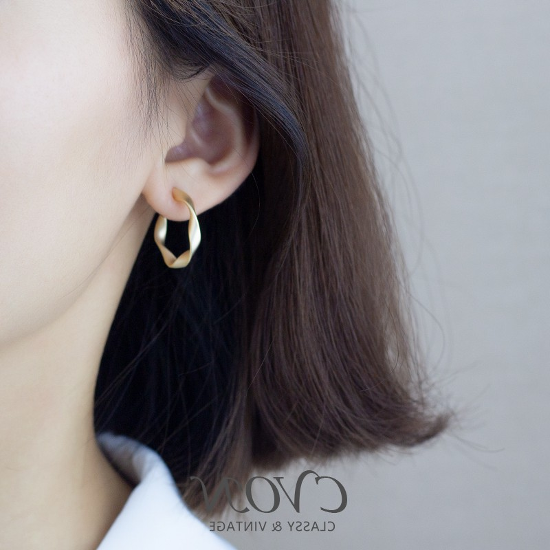 925 pure silver needle size Circle Earrings female C-shaped irregular simple cool style temperament retro Hoop Earrings