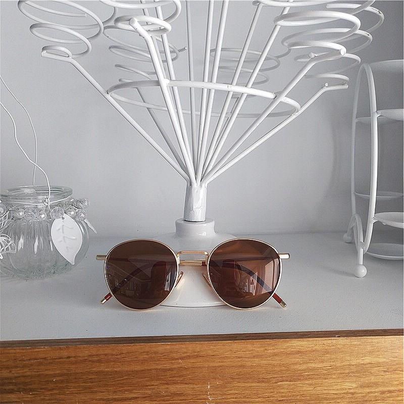 Korean ins glasses womens thin Polarized Sunglasses Womens net red same fashion retro metallic Tan small face Sunglasses