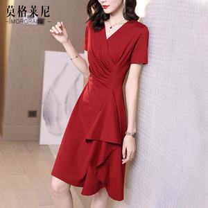 红色2021年春秋新款v领收腰连衣裙
