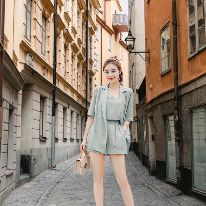 Two piece suit of shorts and suit for womens Korean version 2020