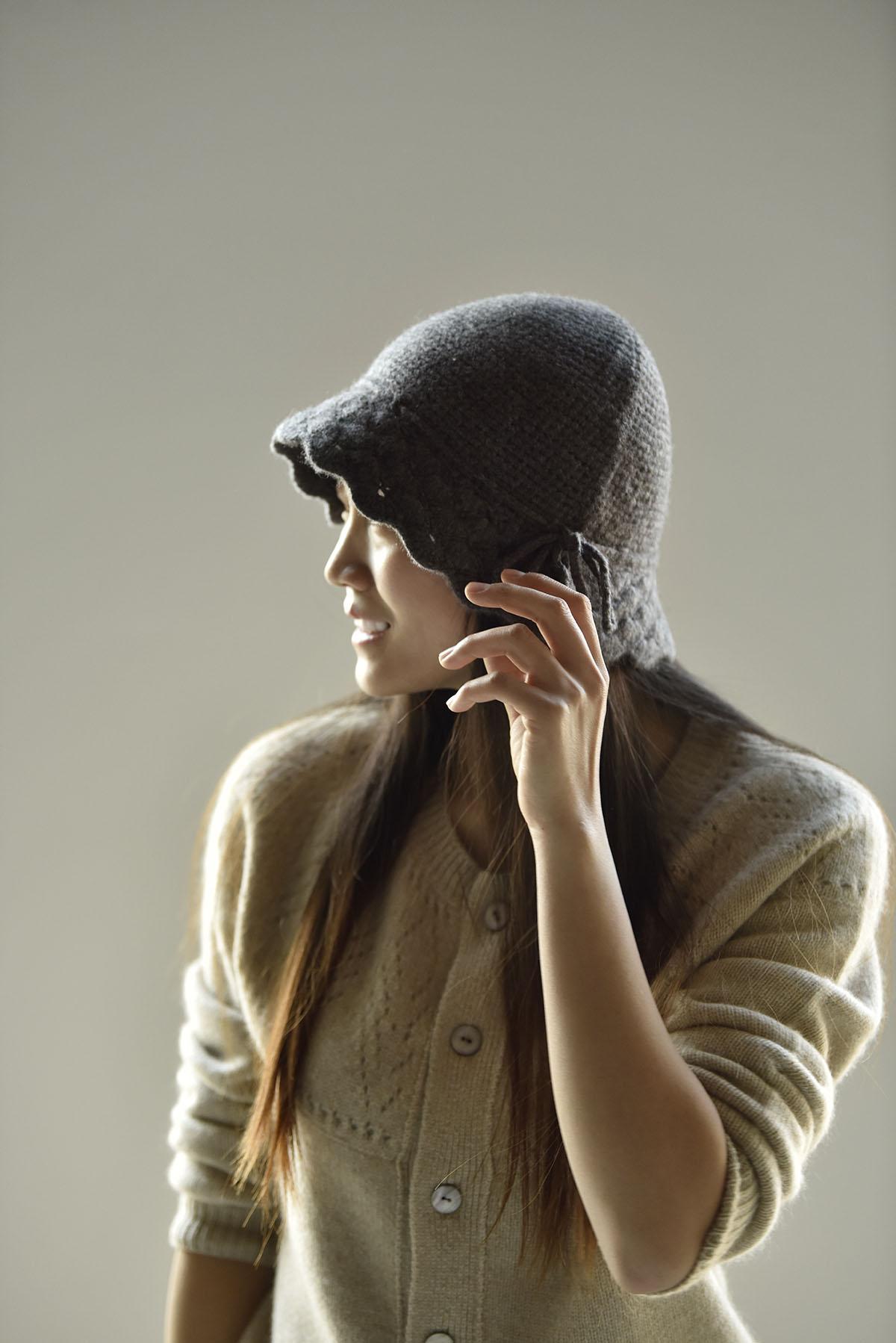 apcshop2021新品推荐 时尚花边百搭绒尖针织保暖纯山羊绒女士帽子