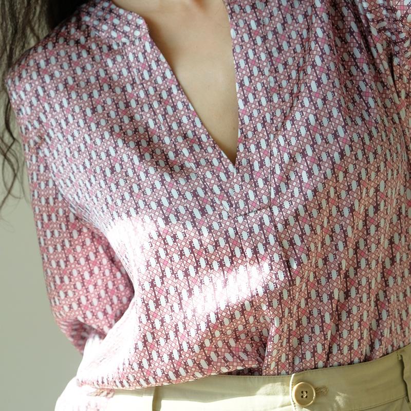 Apchop 20 selected Denmark high end niche new design womens V-Neck long sleeve silk pajama shirt T-shirt