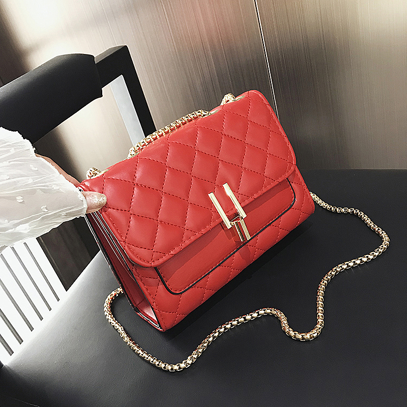 2020 new fashion French minority small CK womens bag fashion versatile chain single shoulder crossbar ins Lingge small fragrance