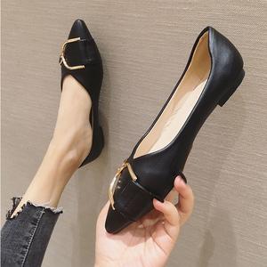 2020春季新款韩版百搭皮鞋平底尖头单鞋工作鞋女黑色四季瓢鞋船鞋