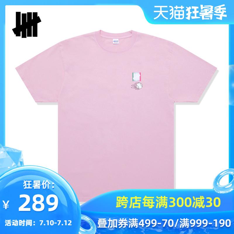 UNDEFEATED男装夏撞色品牌标识人物图案字母印花短袖T恤80150DPE