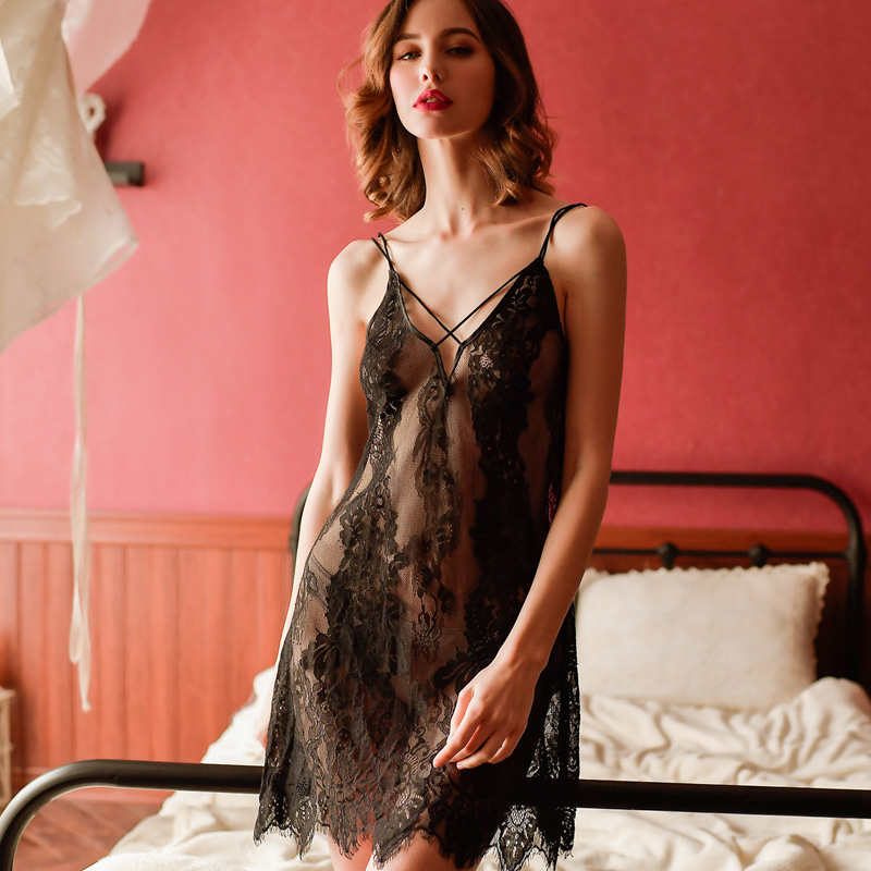Sweet dream sexy pajamas womens suspender Nightgown suit autumn and winter thin lace living clothes 2020 NEW