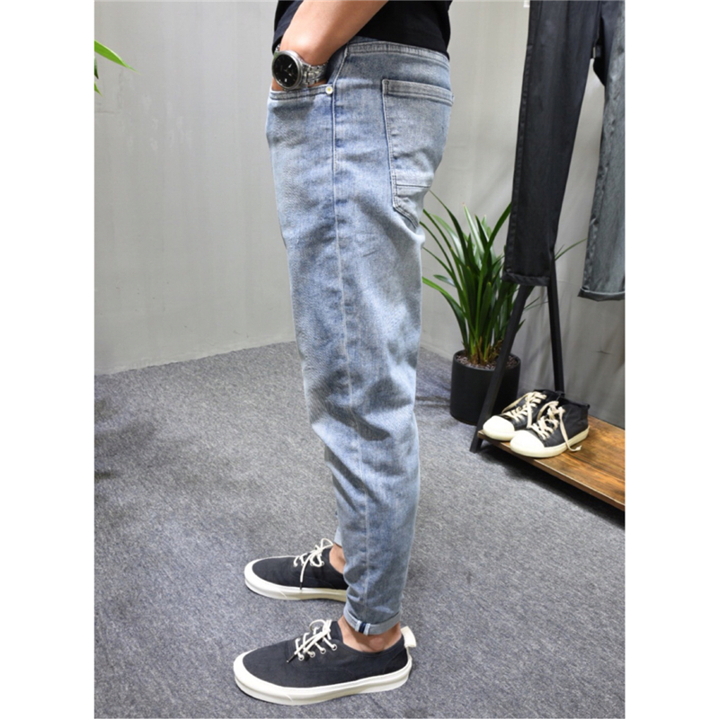 2020 summer new mens wear, youth make old light blue, regular wash, slim fit, small leg jeans, mens casual and versatile