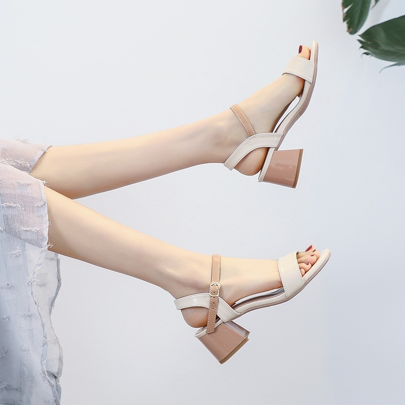 Fashion fashion middle heel middle school students creative personality fashion shoes rubber sole new single female fashion sandals high heel 40
