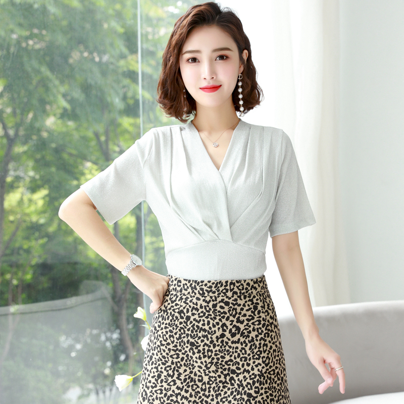 Spring and summer 2020 womens chiffon shirt trend comfortable simple fashion versatile temperament slim top solid color package mail