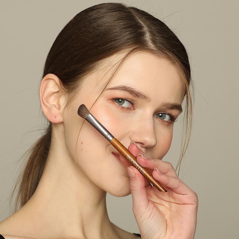 美国wodoller眼影鼻影修容刷小马毛化妆刷《单只礼盒包邮分销》
