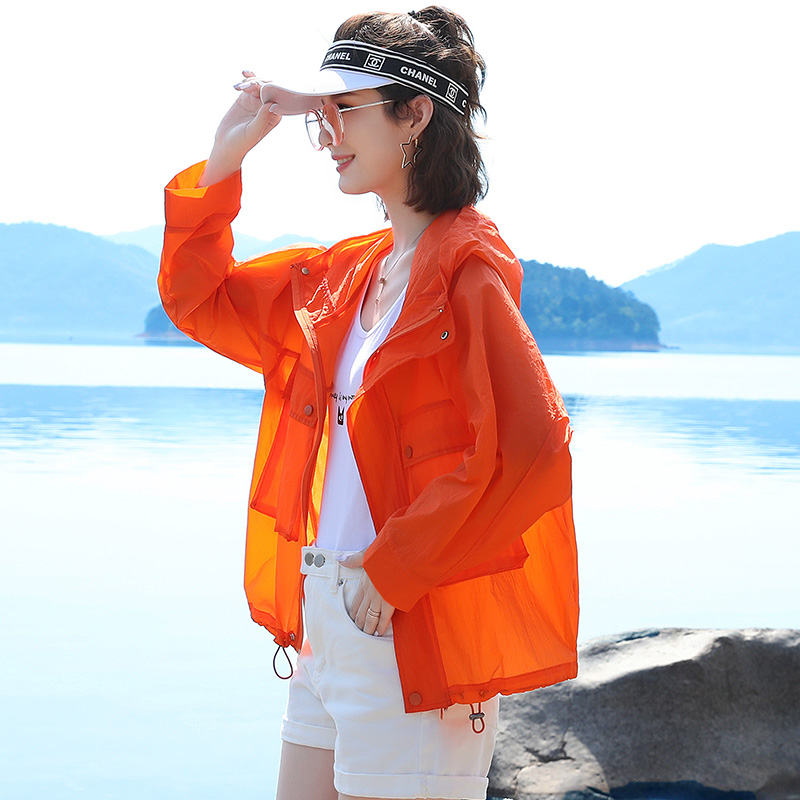 Sunscreen womens long sleeve summer 2020 new Korean loose thin fit versatile foreign style short sunscreen jacket