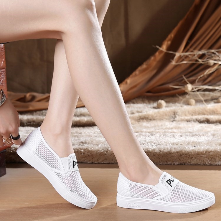 Mesh mother shoes womens single shoes comfortable net shoes soft sole sandals large size spring and autumn white shoes pink sports shoes white cloth