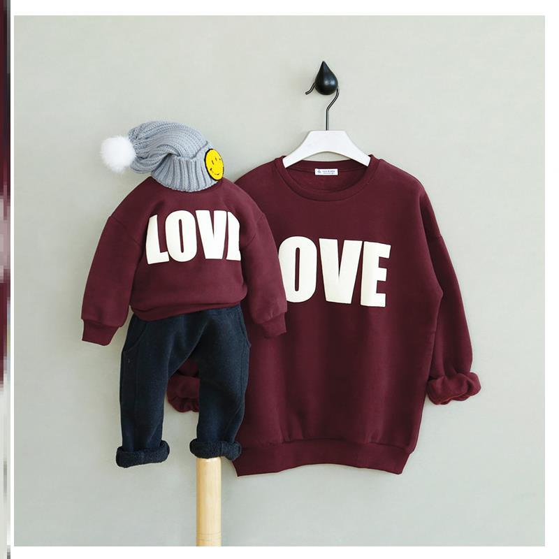 A family of three parent-child clothes autumn and winter fashion autumn father son mother and son home clothes fashionable about four people early Autumn Edition