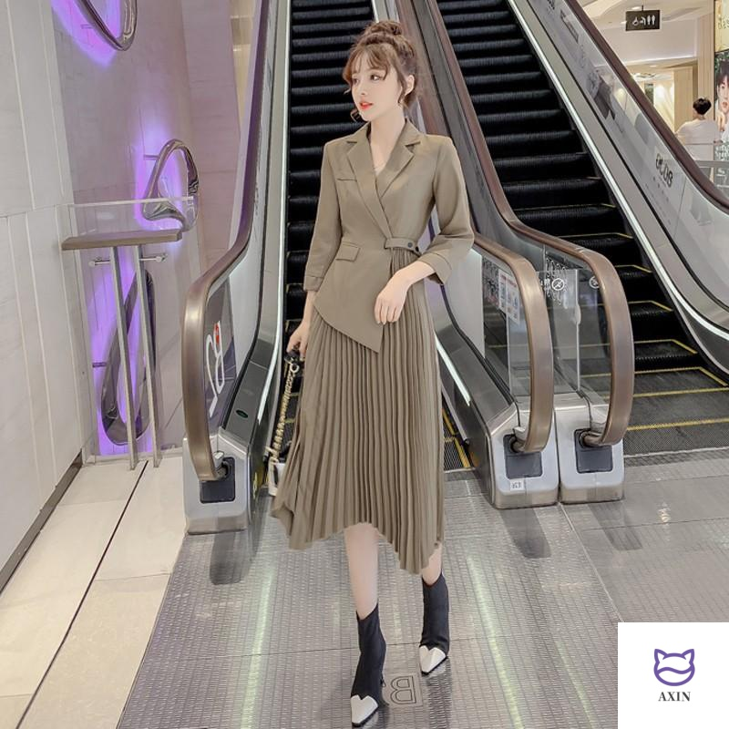Early autumn 2020 net red French retro Platycodon fashion womens European station new autumn and winter style suit dress