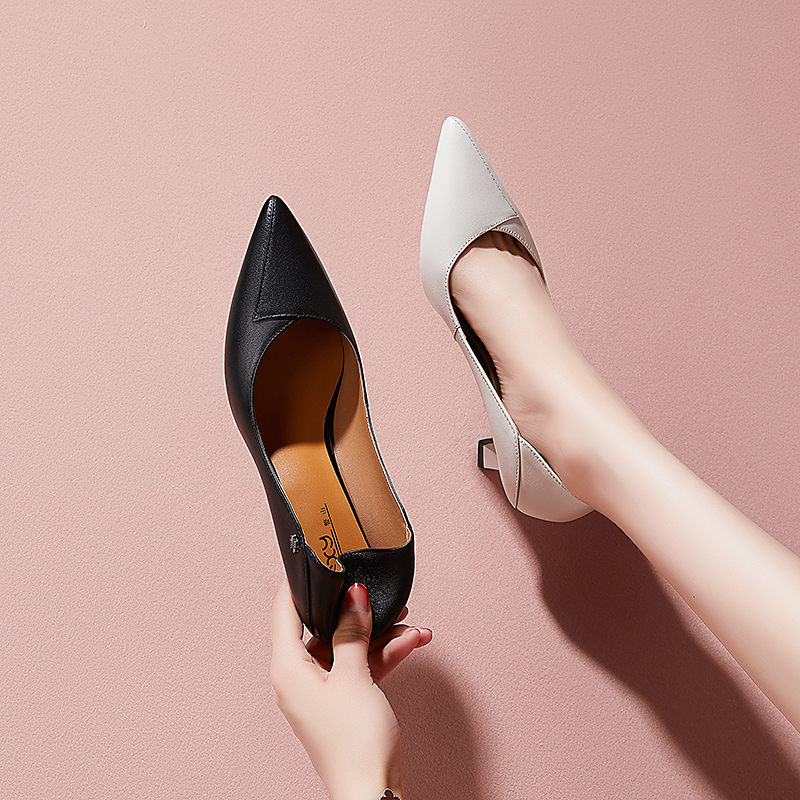 Womens shoes high heel 2020 new half slipper medium and thin heel boutique versatile single shoes pointed fashion spring and summer black leather shoes