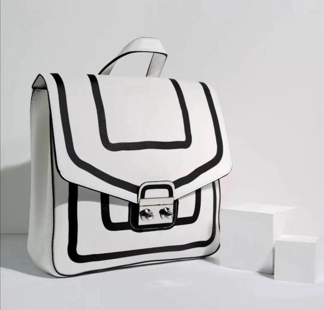 雅诗兰黛专柜礼双肩背包PU包包女通勤旅游大容量便携小书包好看潮