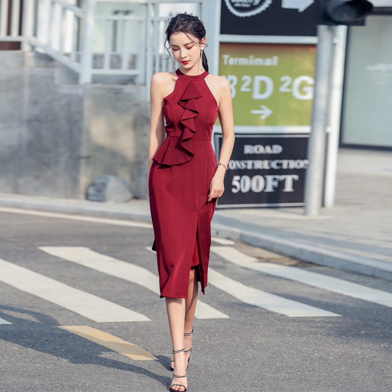 French red dress can be worn at ordinary times. It is a slit slim fitting stitched Ruffle sexy off shoulder and neck dress