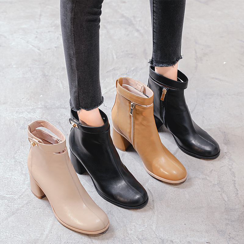 Chelsea boots childrens short boots thick heels fall 2020 New Vintage Belt Buckle high heels Martin boots womens British style