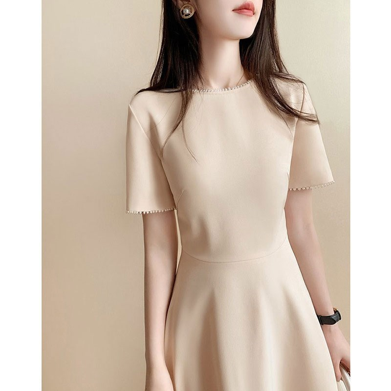 In the summer of 2021, the new high-grade womens dress is light and luxurious, Royal sister style, pure desire style, thin style, waist closing and thin dress