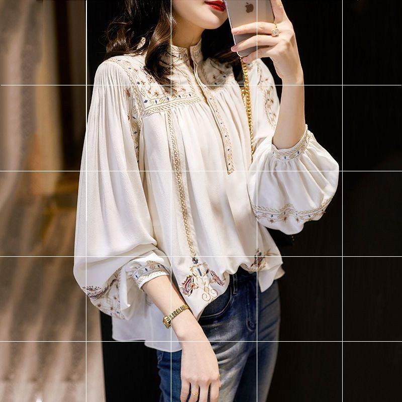 大码时尚百搭印花衬衫女2020年春夏新款复古波西米亚风灯笼袖小衫