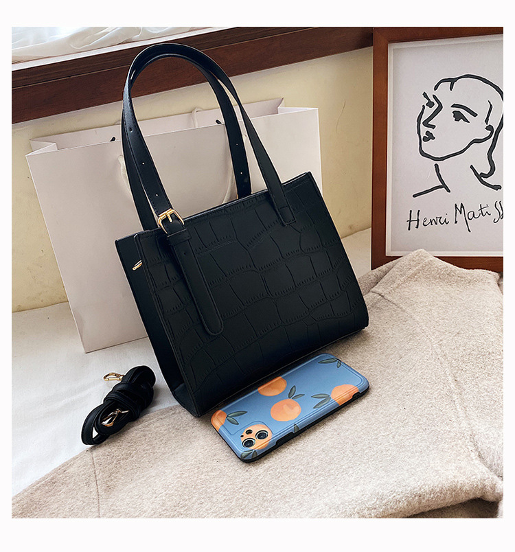 Time limited folding full new zipper medium-sized liftable messenger one shoulder casual monochrome portable small square youth womens bag