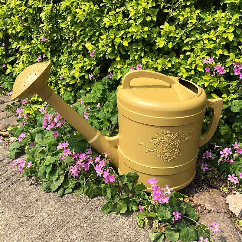 Horticultural supplies extra large thickened plastic watering bucket watering pot watering pot watering pot watering bucket watering pot watering flower.