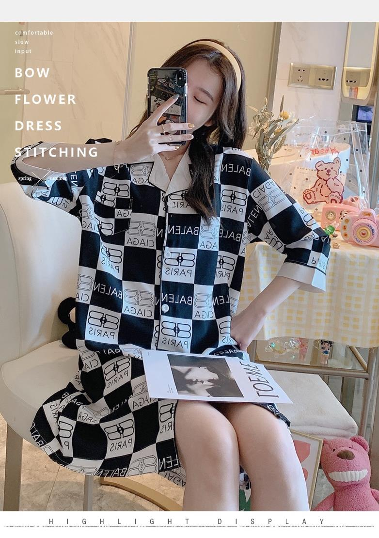 Spring and autumn nightdress female ice silk half sleeve thin shirt home clothes spot simulation silk short sleeve summer Nightgown female