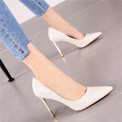 2020新款浅口米白色细高跟单鞋时尚气质显瘦尖头细跟高跟鞋女春季