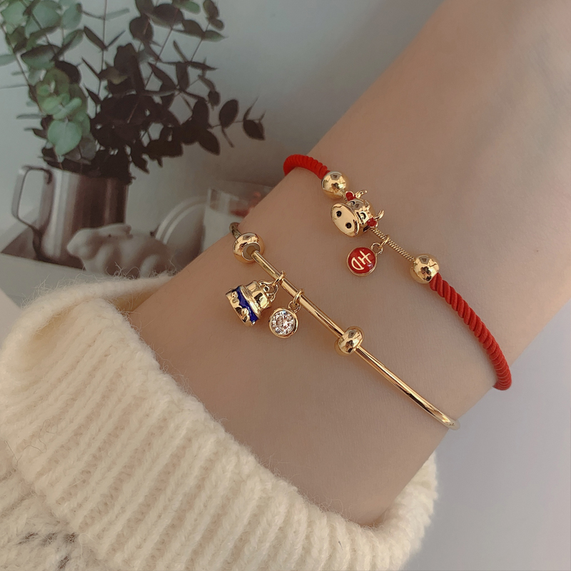 Red Rope Bracelet in the year of the ox simple design for women