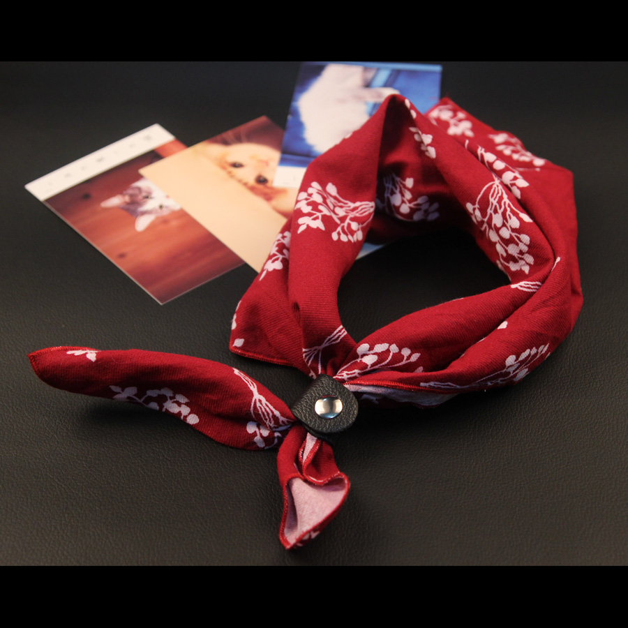 Headscarf Korean mens and womens mens suit square scarf silk scarf broken British scarf retro flower scarf large version small