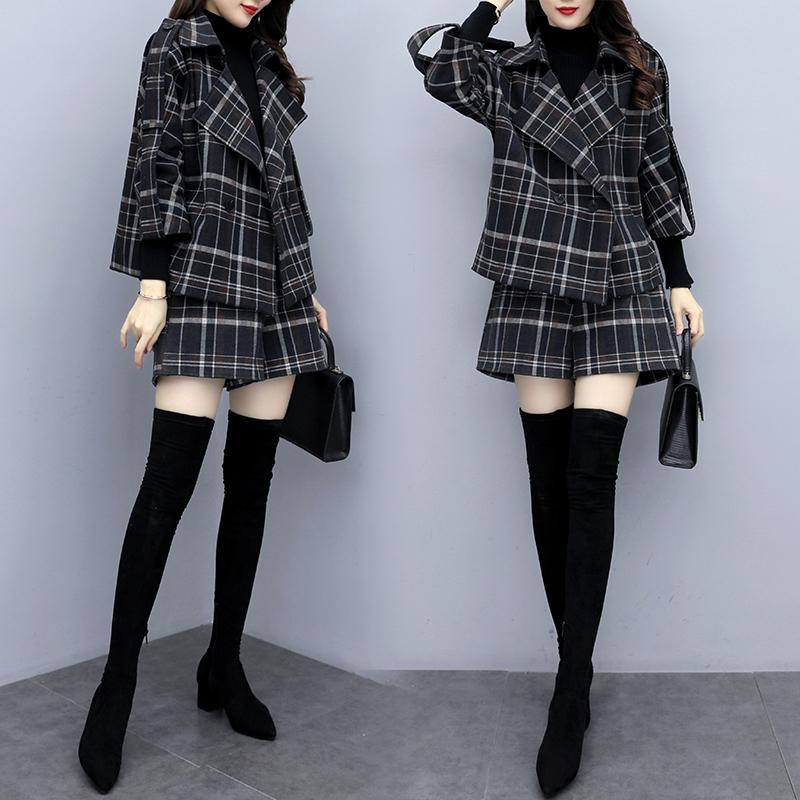 2019秋冬新款大码女装两件套韩版气质格子小西装外套短裤洋气套装
