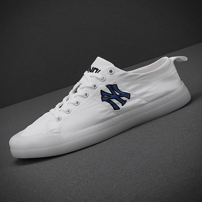 Net red jelly shoes mens shoes summer breathable white flat shoes mens canvas shoes casual single shoes trendy mens small white shoes