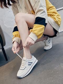 女鞋秋季2021年新款爆款百搭网红运动时尚平底休闲真皮小白鞋女潮