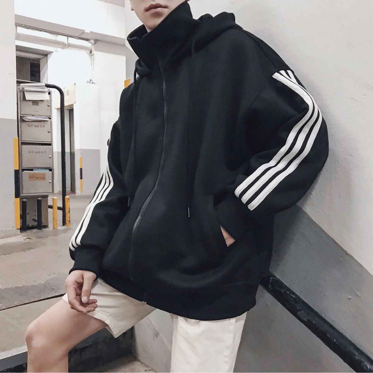 Autumn new trend hooded three bar Hoodie, high collar sweater, fashionable mens and womens top, BF loose couples coat.