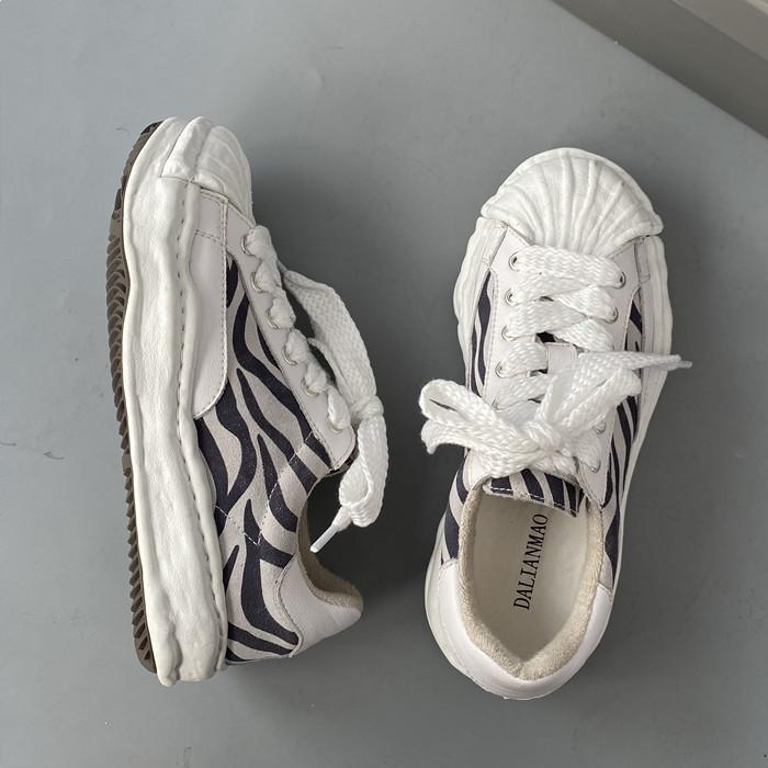 韩国INS做旧复古学生溶解斑马情侣贝壳头滑板鞋老爹鞋运动鞋男女