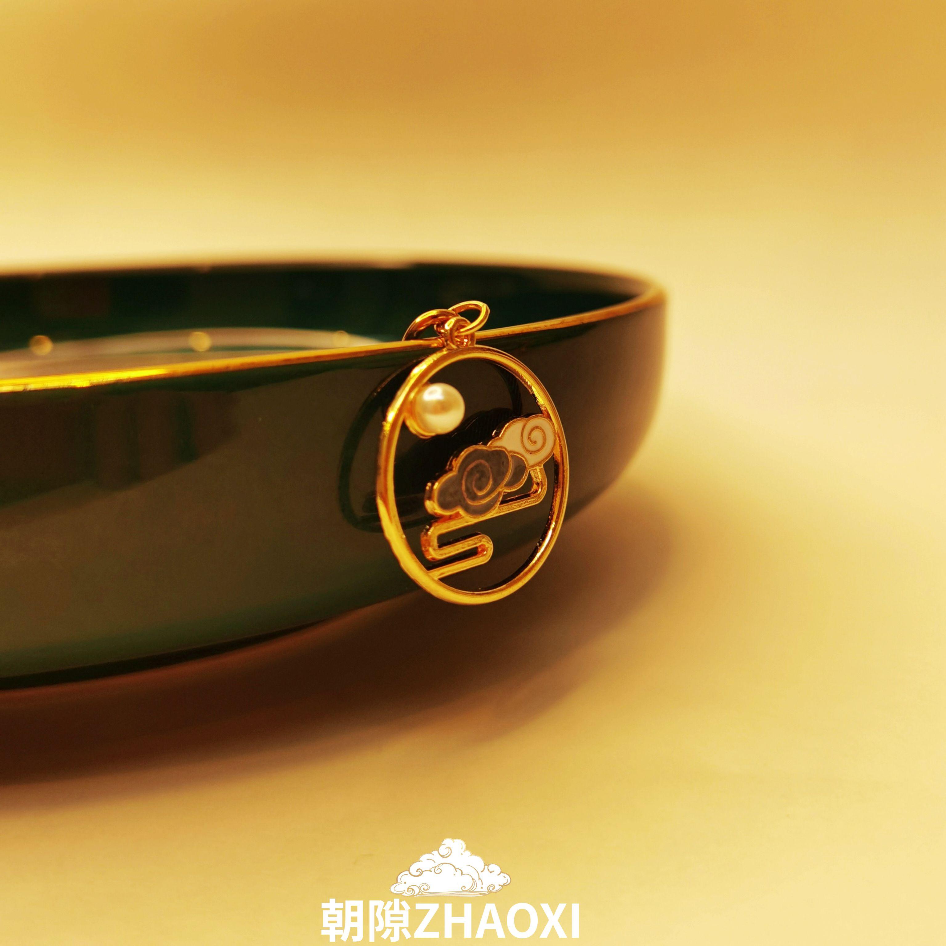 オリジナルの中国風故宮の祥雲の鍵の鎖の国の湿った装飾の帆布のバッグのペンダントの金属の車は掛けます