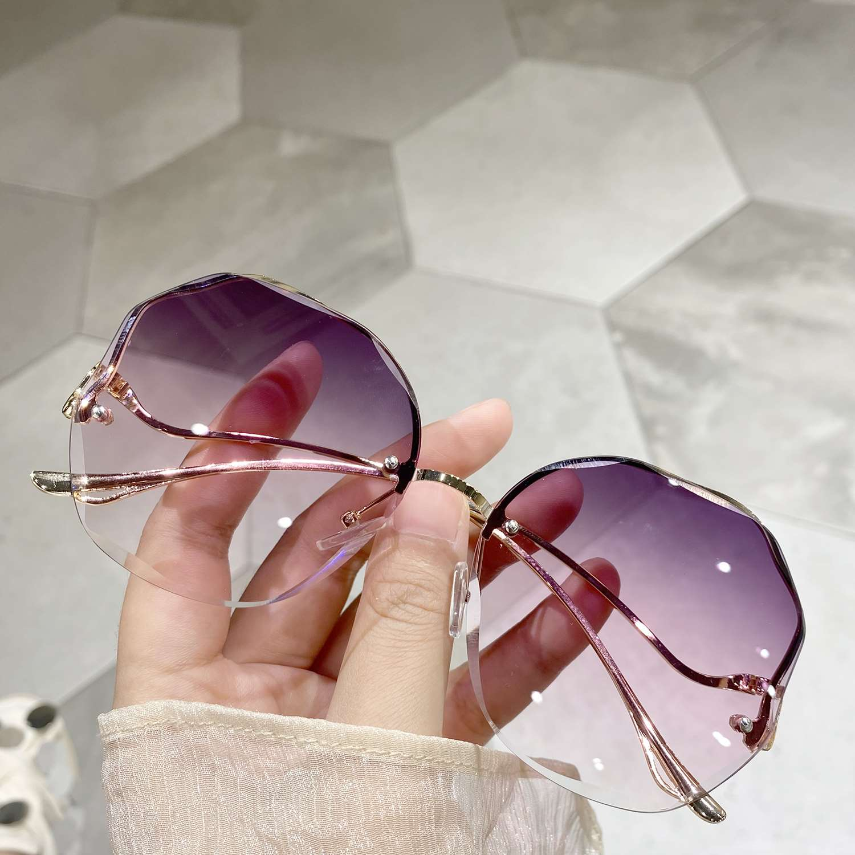 2021a无边框切边网红韩版墨镜ins海洋渐变茶色太阳镜女夏沙滩眼镜
