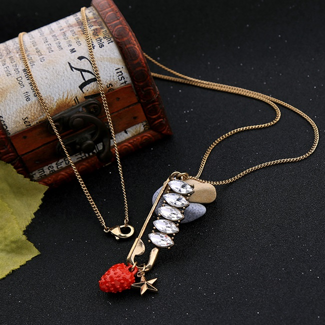 Jewelry student Necklace simple personality sweet lovely Mori style retro alloy crystal rivet lady