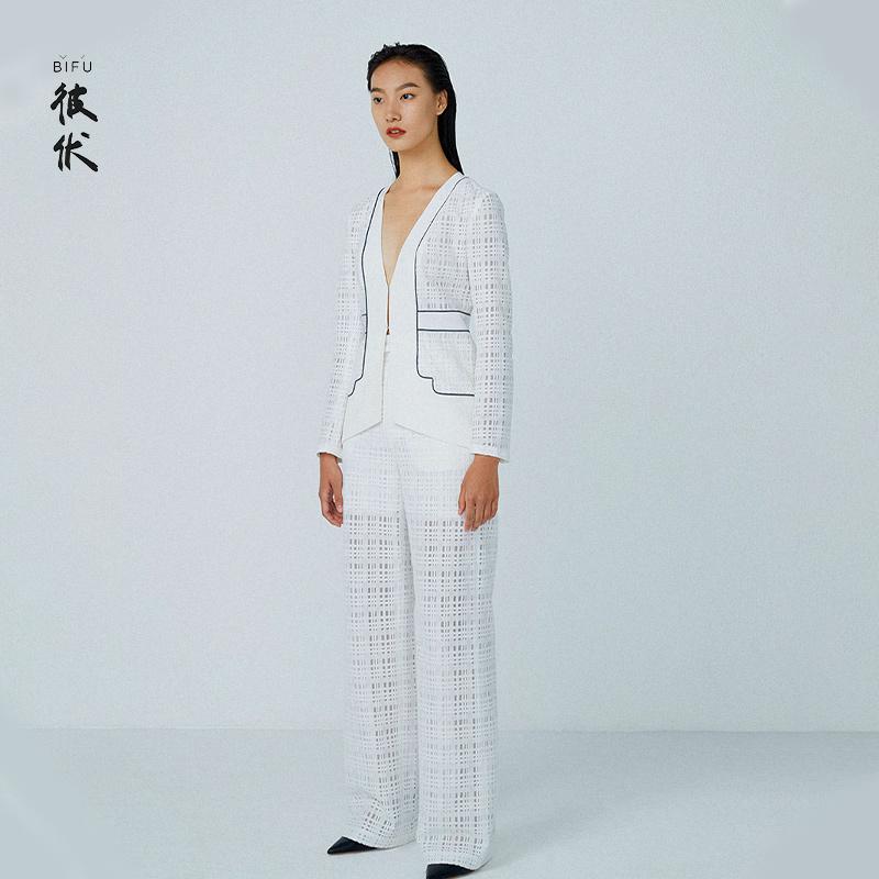 彼伏2021新款白色蕾丝直筒裤气质宽松垂坠感休闲显瘦设计感高级感