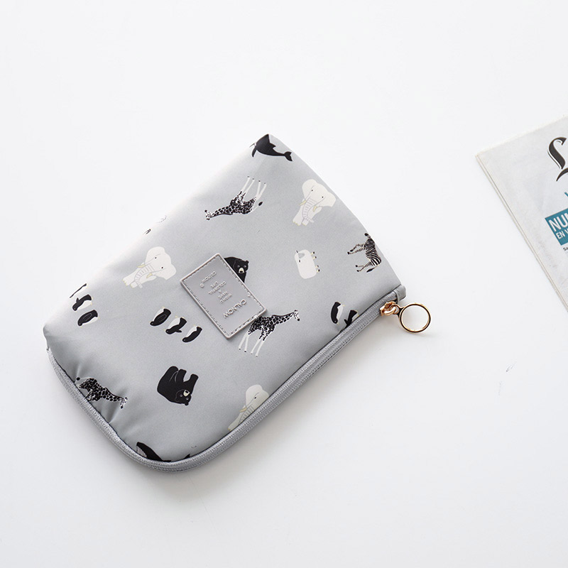 YH travel electronic digital accessories storage bag portable mobile phone charging treasure data cable storage bag finishing bag