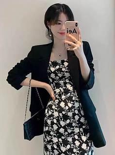 早秋女装2021年新款爆款气质法式赫本风黑色西装吊带裙碎花连衣裙