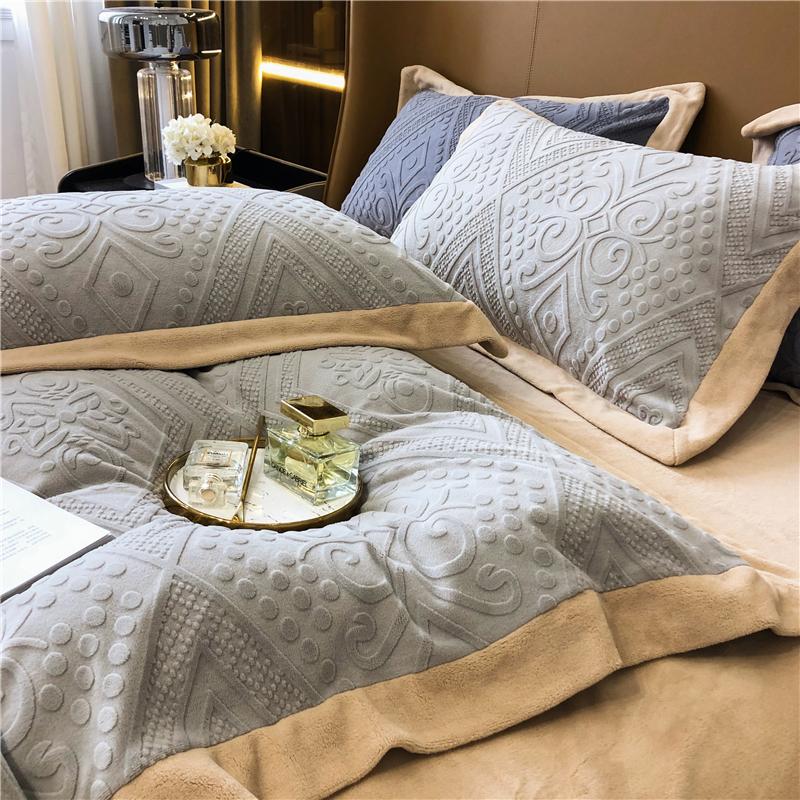 高级雕花牛奶绒四件m套秋冬加厚保暖珊瑚绒被套欧式床上用品4件套