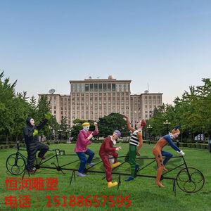 抽象小丑骑自行车人物玻璃钢仿铜城市园林广场大型户外艺术品雕塑