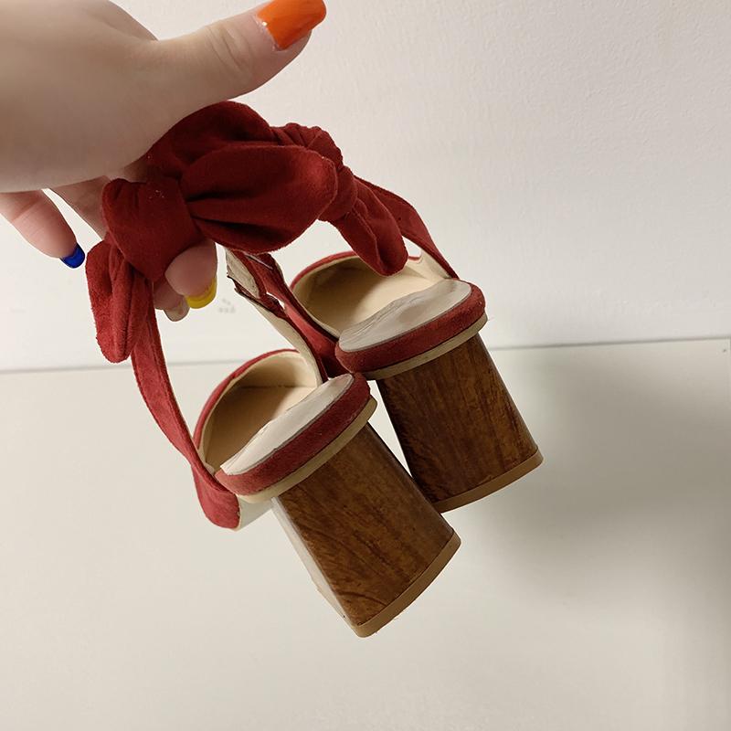 2019春夏新款包头凉鞋女2020夏粗跟时尚百搭尖头后空单鞋女仙女鞋图片