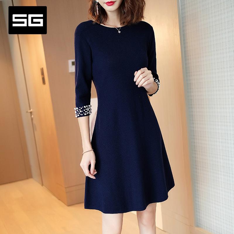 低调华贵SG2018秋季新款女装宝蓝色圆领钉珠连衣裙收腰七分袖中裙