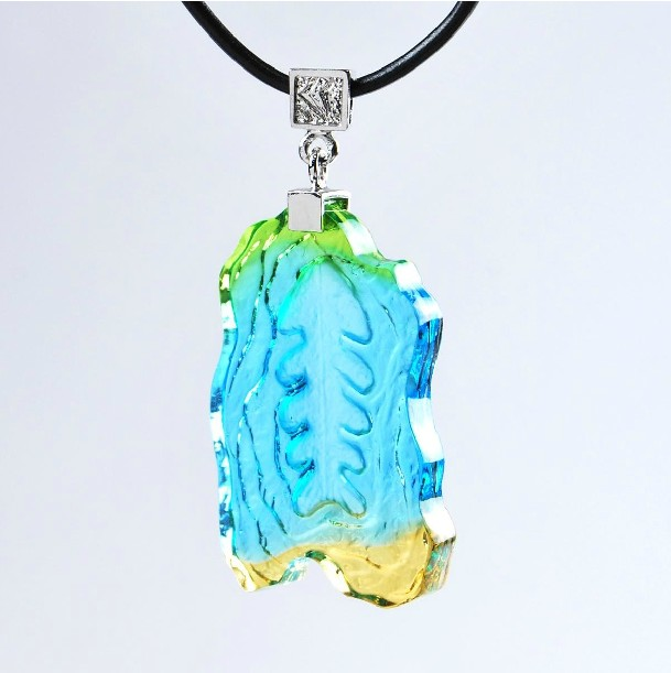 Ancient Glass Amber Pendant basket color personality jewelry lovely fish bone childrens necklace safe and auspicious gift