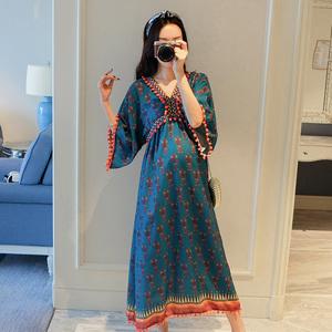 孕妇连衣裙春夏季时尚民族风宽松大码长裙洋气减龄孕妇装夏装上衣