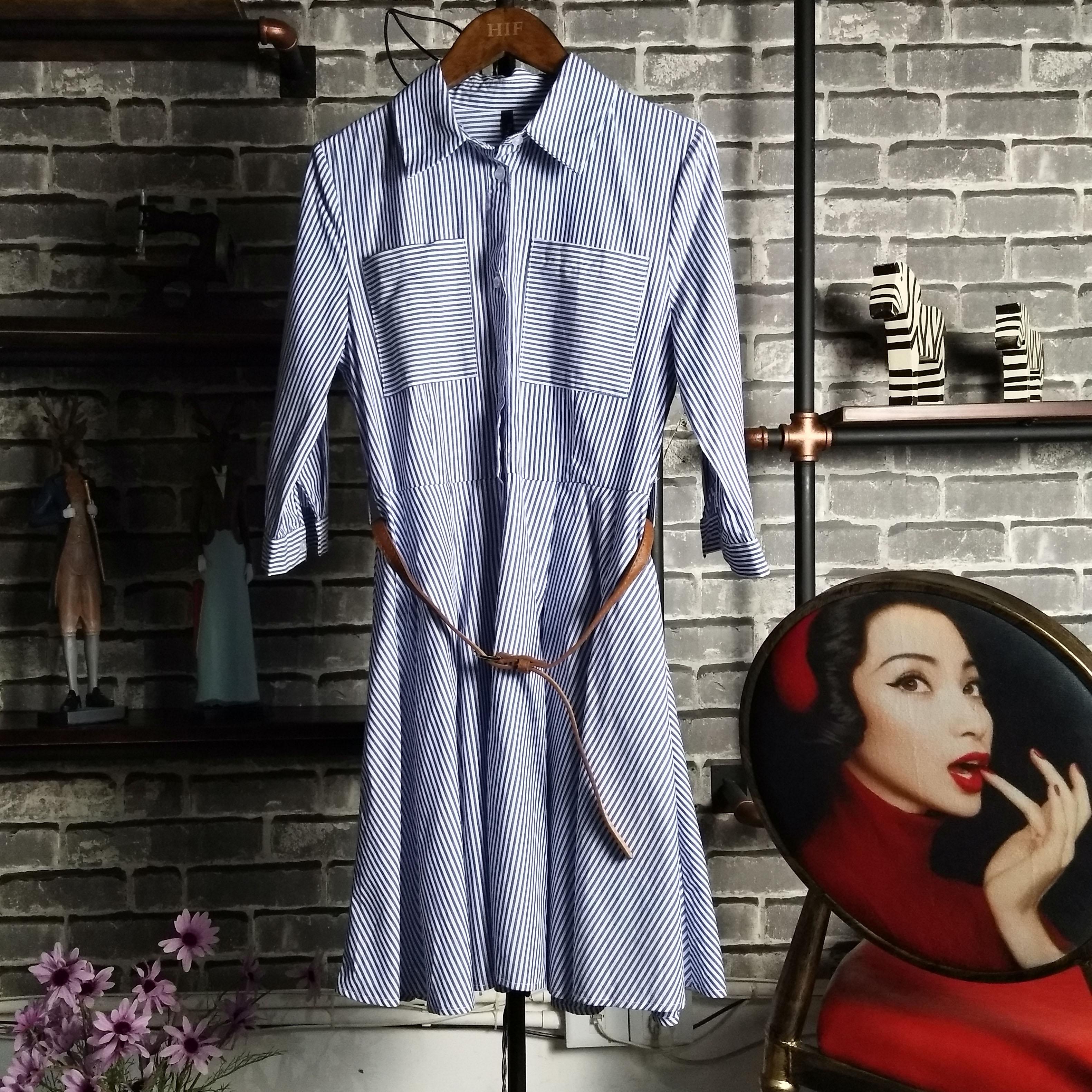 2017 Europe station spring and summer new Pinstripe waist shirt shows thin medium length medium sleeve dress