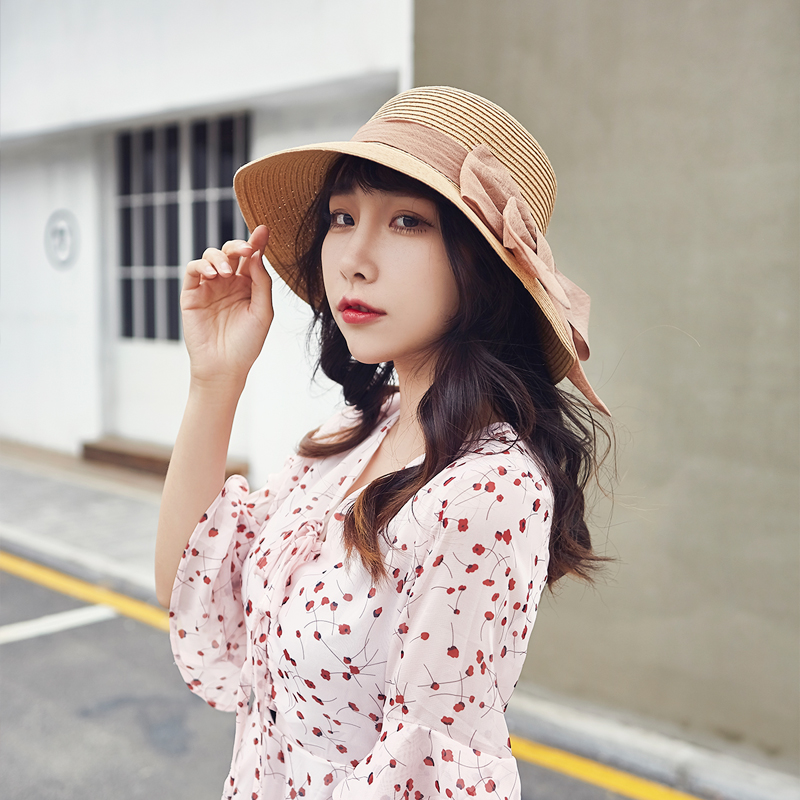 Straw hat female Xia Xiao fresh Beach Hat Korean version sunshade versatile sun visor Big Brim seaside sun hat net red hat